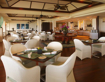 Dining at Plumeria Beach House
